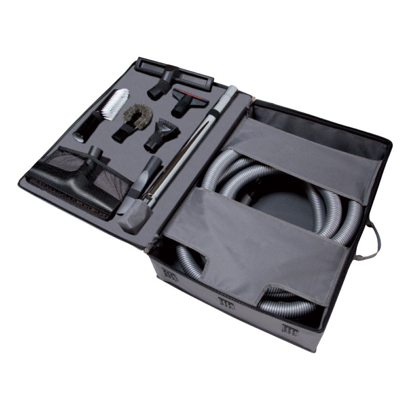 Accessory kit for cleaning